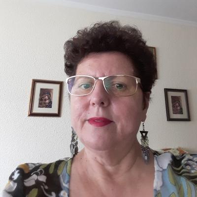 Femeie de 60 de ani)