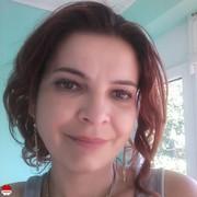 caut femei divortate roșiorii de vede)