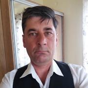 un bărbat din București care cauta femei frumoase din Sighișoara