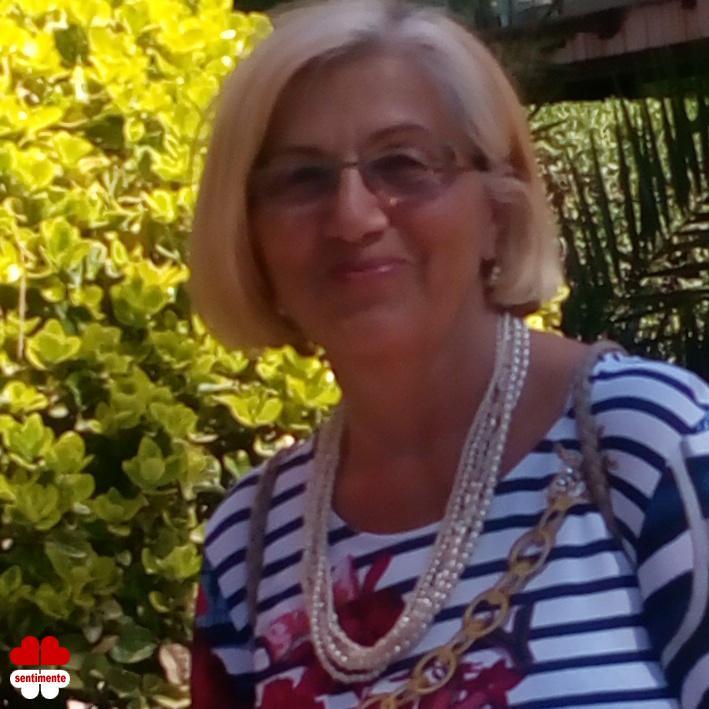 Matrimoniale Oradea - Femeie 68 ani - aivila