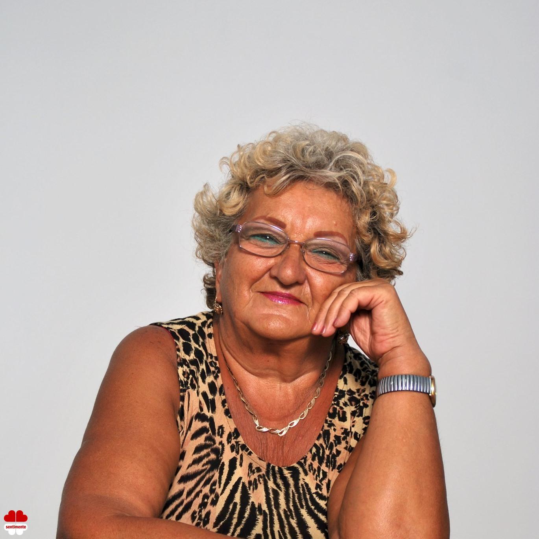 Matrimoniale Oradea - Femeie 74 ani - elenamica45